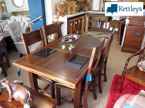 Annaghmore Roscrea 4x3 Extending Table Image