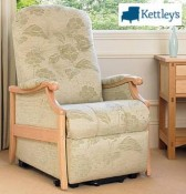 Cintique Winchester Riser Recliner Image